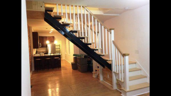 Bật mí cách khắc phục cầu thang giữa nhà